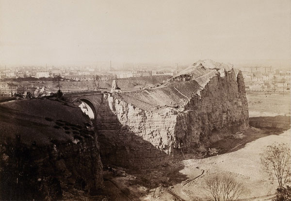 Buttes_Chaumont_Charles_Marville-1