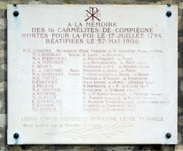 Plaque_Carmélites_de_Compiègne,_Cimetière_de_Picpus,_Paris_12