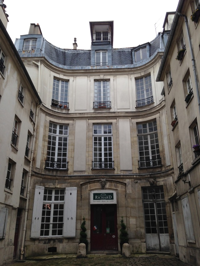6 #28 rue Charlot